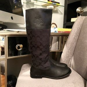Coach Chrissi Black Riding Boots paid $225 Size 8